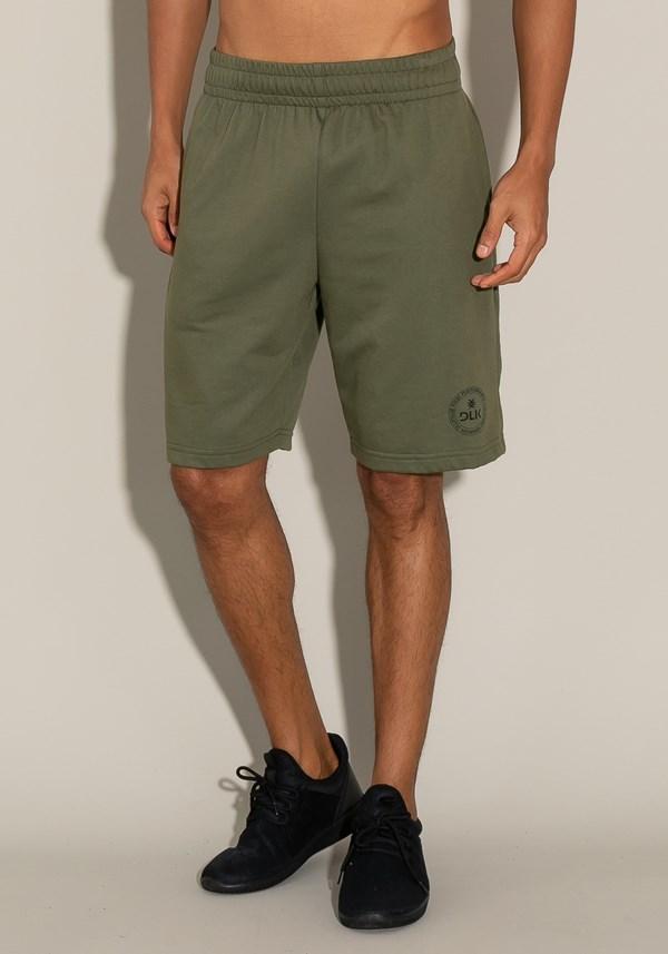 Bermuda for men moletinho com elástico e bolso lateral verde musgo