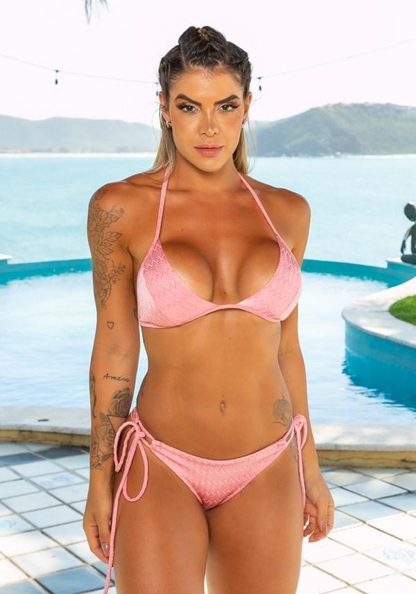 Biquini top com bojo removível beach decote em v zig zag rosa