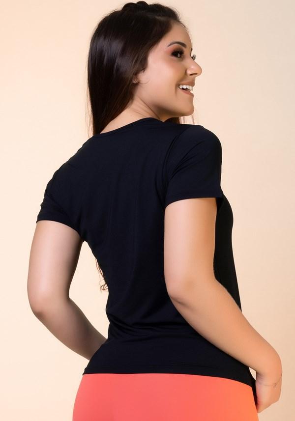 Blusa dryfit preta básica