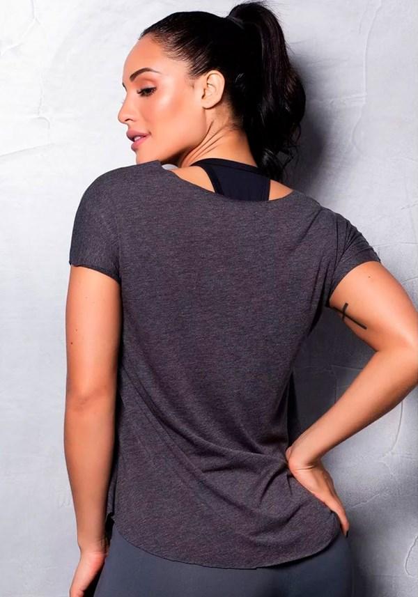Blusa fitness mescla escura com estampa