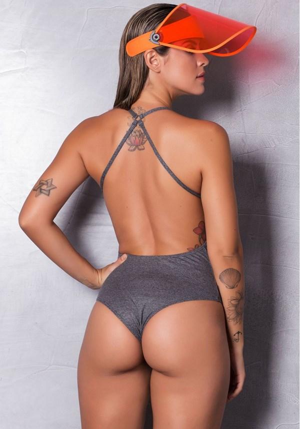 Body mescla aberto nas costas