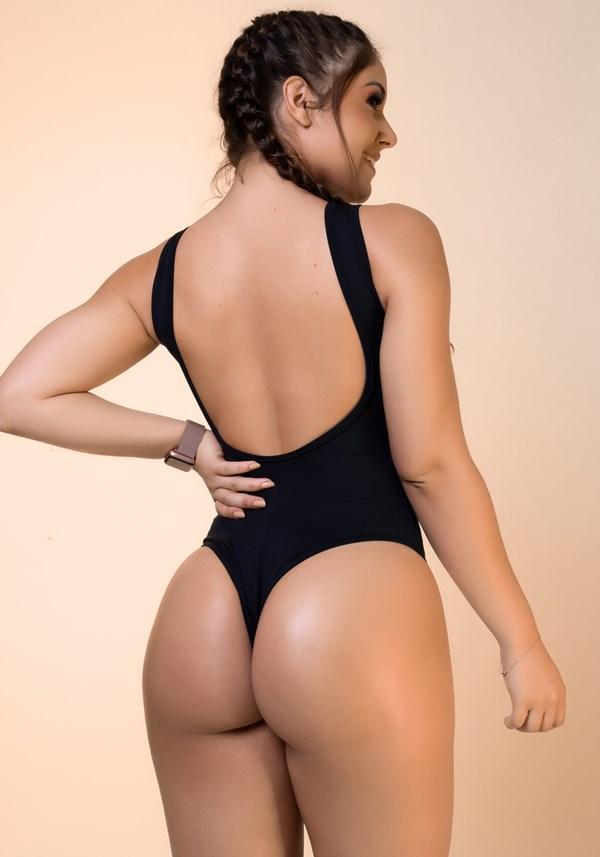 Body preto costa nua básico