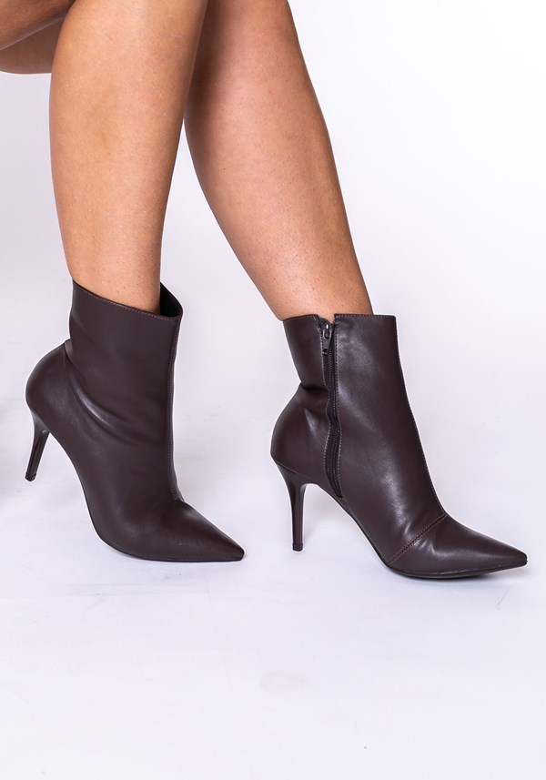 Bota ankle boot shoes marrom
