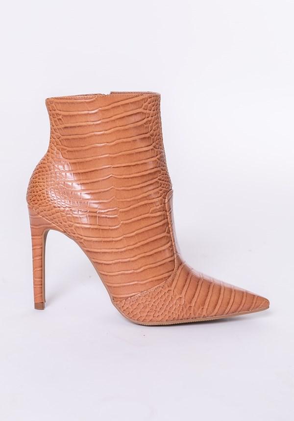Bota ankle boot shoes texturizada marrom