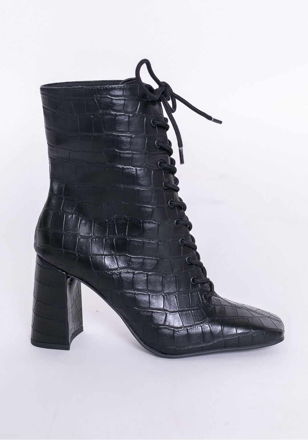 Bota ankle boot shoes texturizada preta