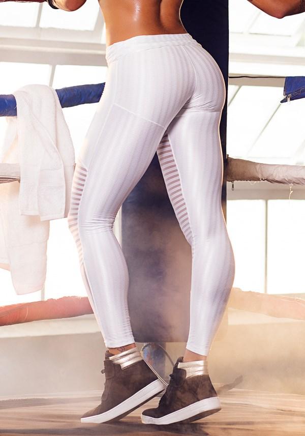 Calça cirrê alto relevo all white