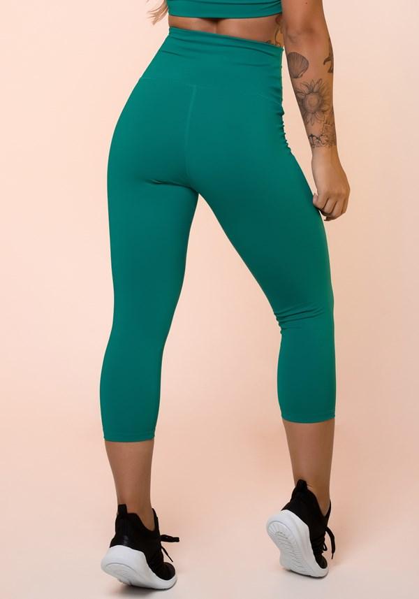 Calça corsário verde cintura alta básica