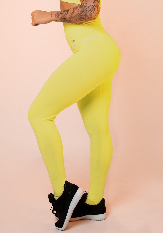 Calça legging amarela cintura alta básica