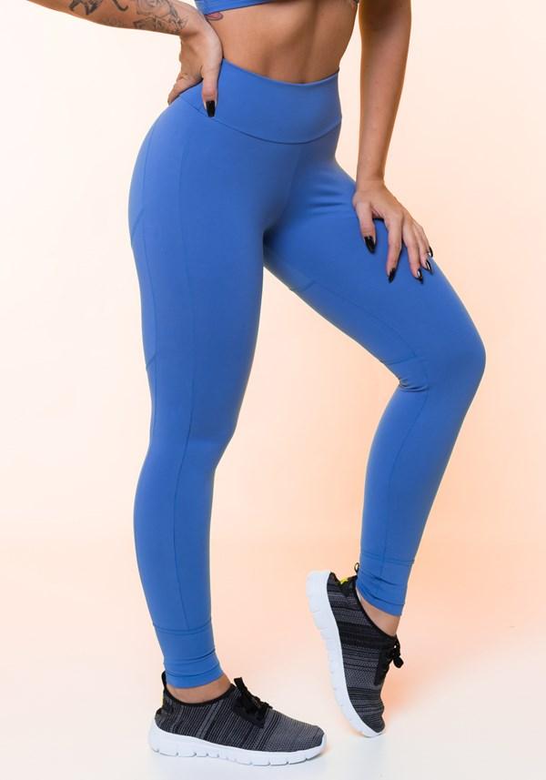 Calça legging azul com recortes levanta bumbum básica