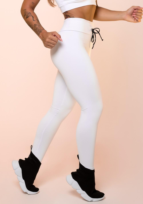 a0d506520 Calça legging branca com cadarço básica - DlkModas