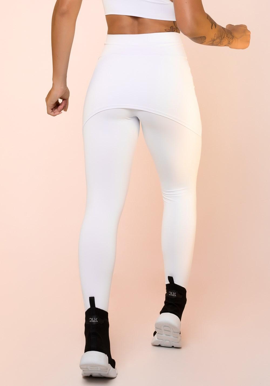 Calça legging branca com tapa bumbum básica