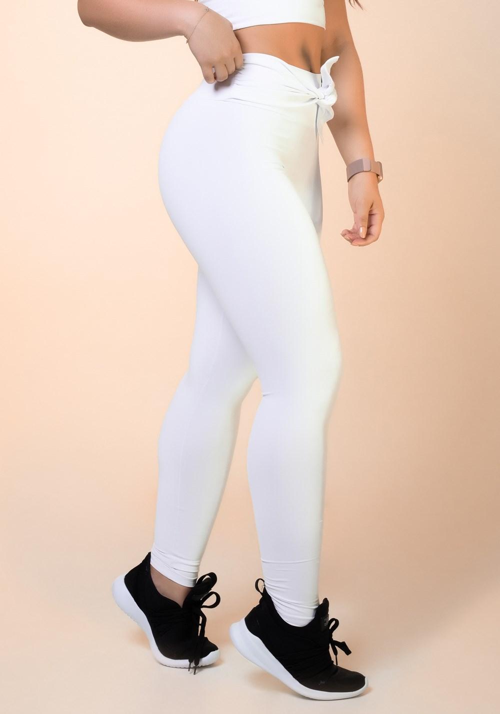 da7868e5b Calça legging branca nó frontal básica - DlkModas
