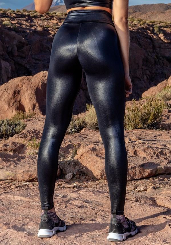 Calça legging cirrê black com detalhes em tule