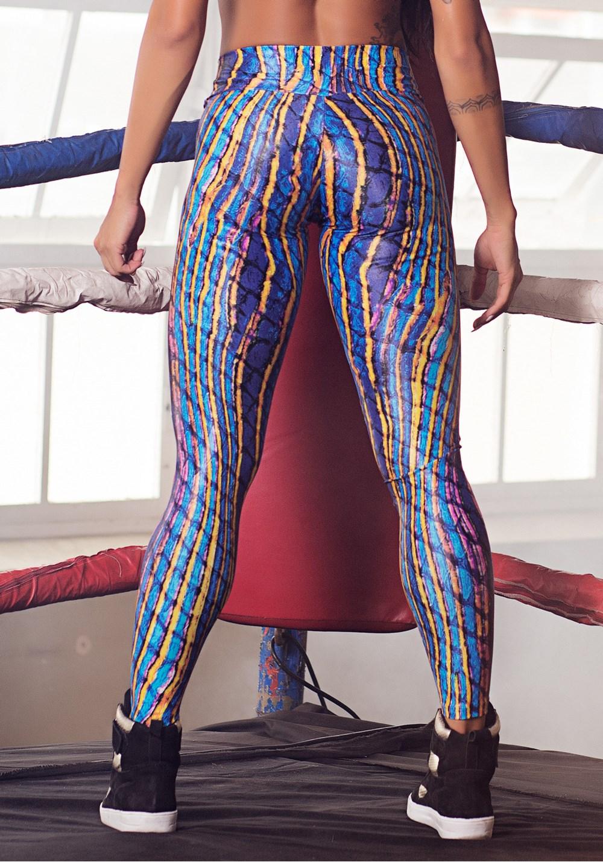 Calça legging cirrê estampada yellow lines