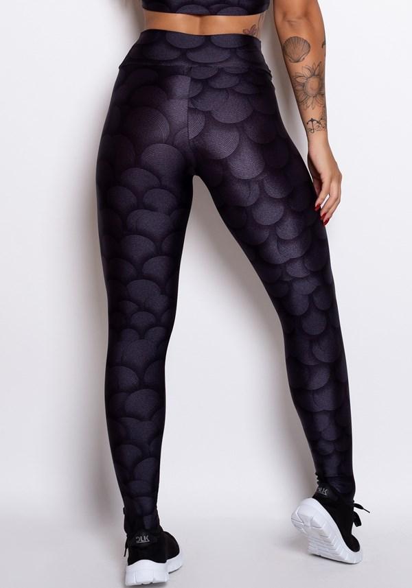 Calça legging cirrê estampado ondas pretas