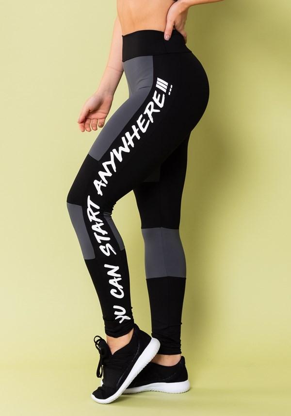 Calça legging energy com recortes preto e grafite