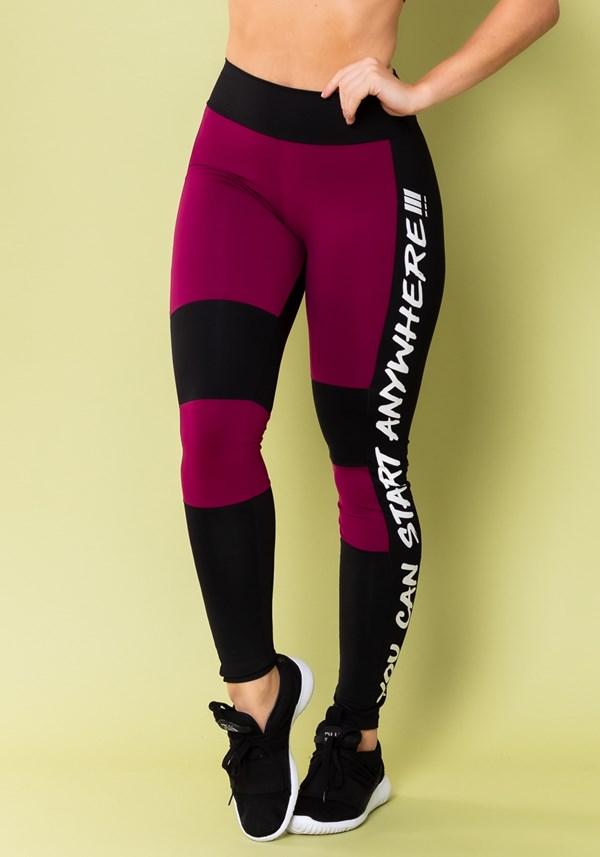 Calça legging energy com recortes preto e roxo