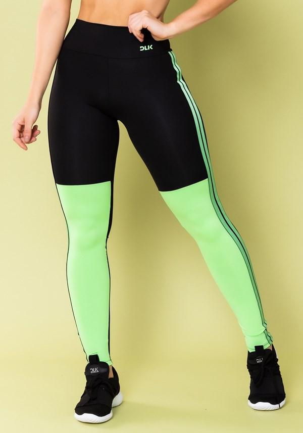 Calça legging energy preta com recorte e elástico verde