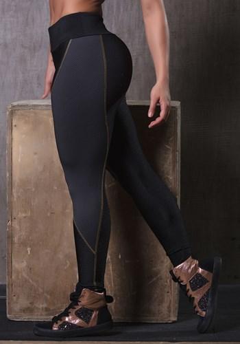 Calça legging grid preta texturizada com detalhe dourado
