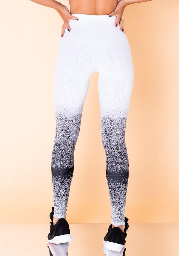 Calça legging jacquard degradê branco com preto reverse