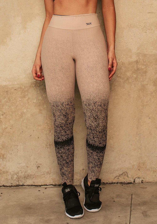 Calça legging jacquard degradê nude com preto