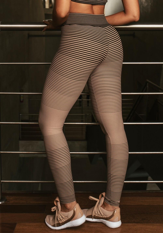 Calça legging jacquard listrado nude com preto