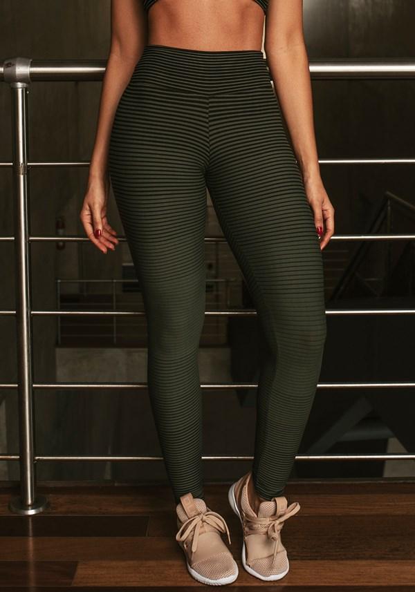 Calça legging jacquard listrado verde militar com preto