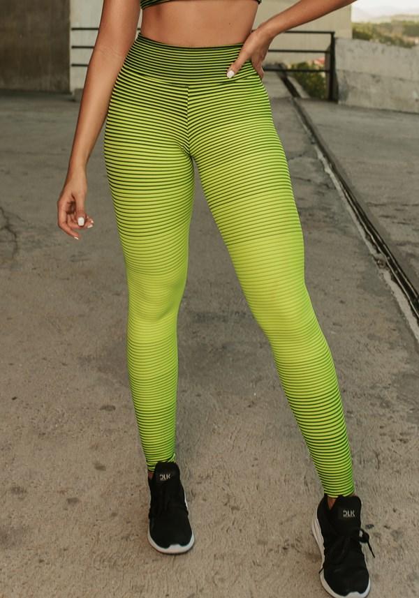 Produto Calça legging jacquard listrado verde neon com preto