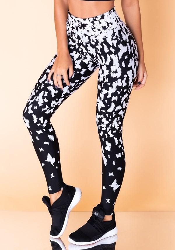 Calça legging jacquard preta borboleta branca reverse