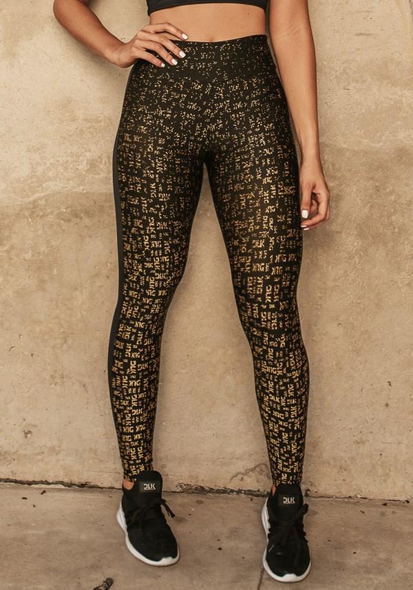 Produto Calça legging jacquard preta dlk dourado