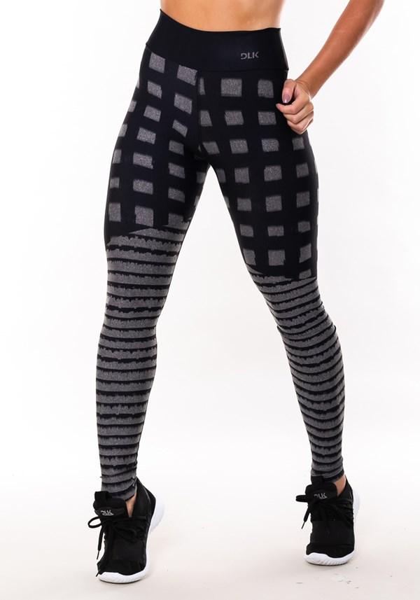 Calça legging mescla sublimada quadrados e listras