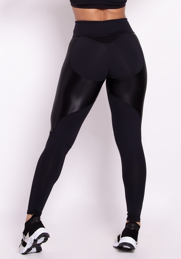 Calça legging poliamida cirrê black and shine