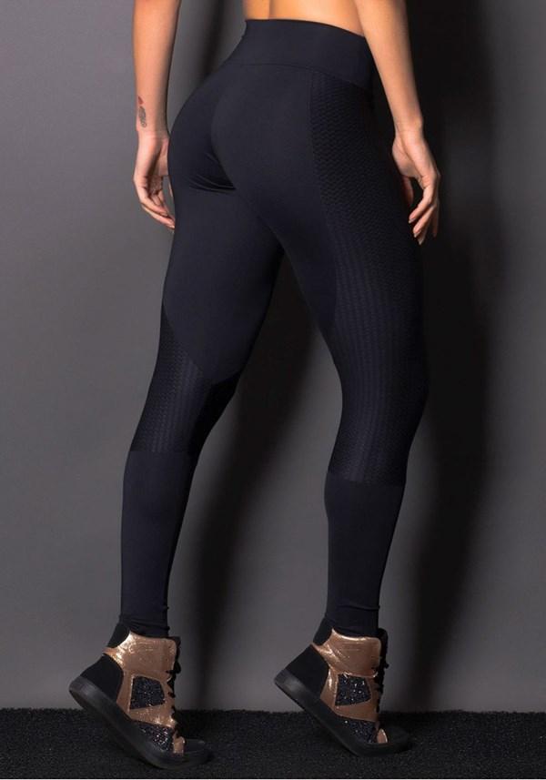 Calça legging poliamida preta com recorte texturizado
