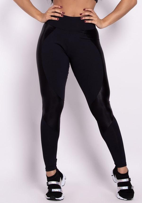 Calça legging poliamida preta com recortes shine