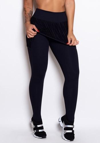 Calça legging poliamida preta com tapa bumbum em renda