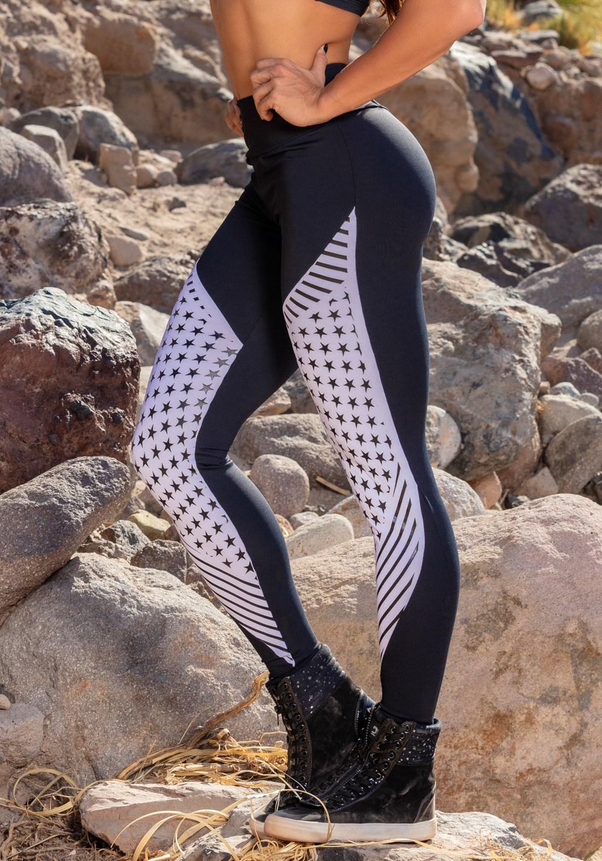 Calça legging poliamida preto e branco estrelas