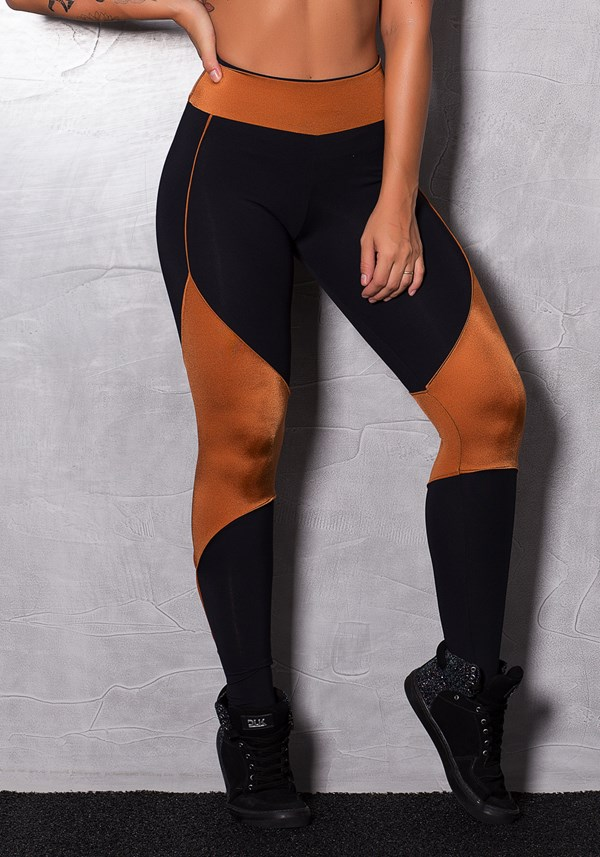 Calça legging poliamida preto e detalhes em brilho