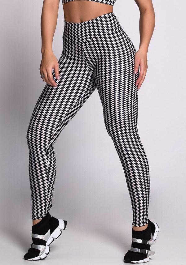 Calça legging poliamida zig zag preta e branca