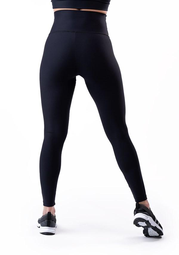 Calça legging preta cintura alta básica