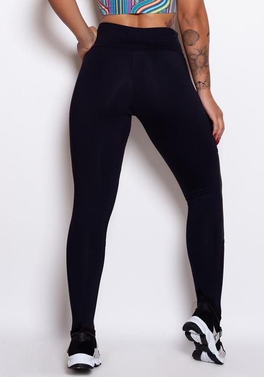 Calça legging preta com datalhes em cirrê - DlkModas ad3f81adb48