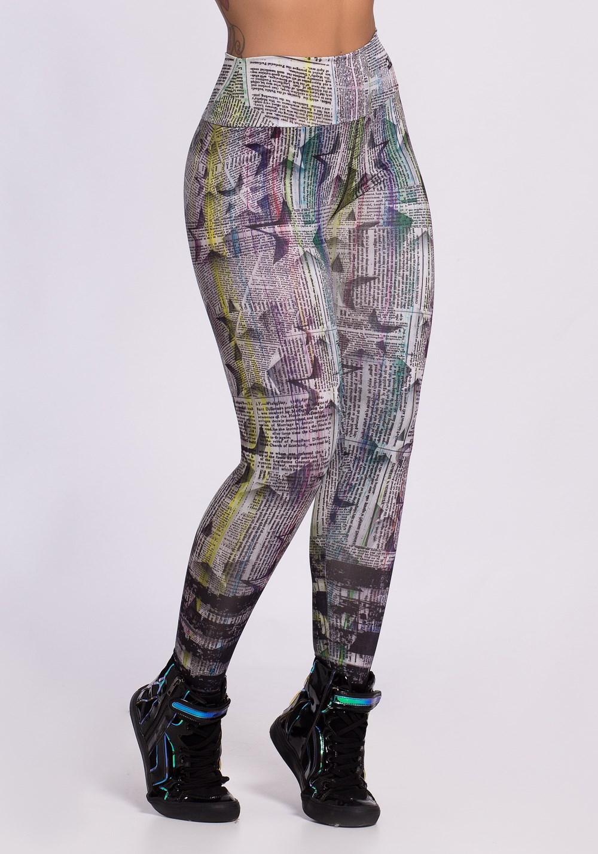 Calça legging sublimada newspaper colors