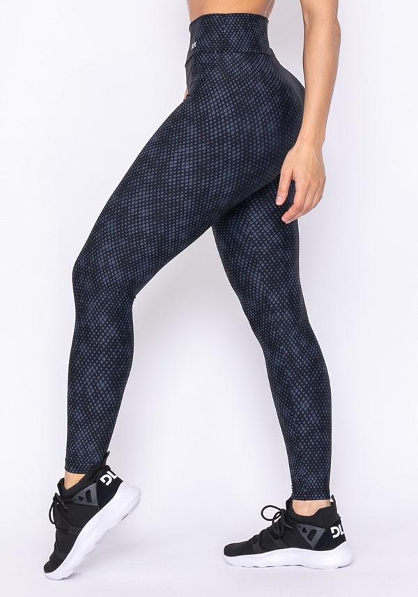 Calça legging technology preta estampa pixel azul marinho
