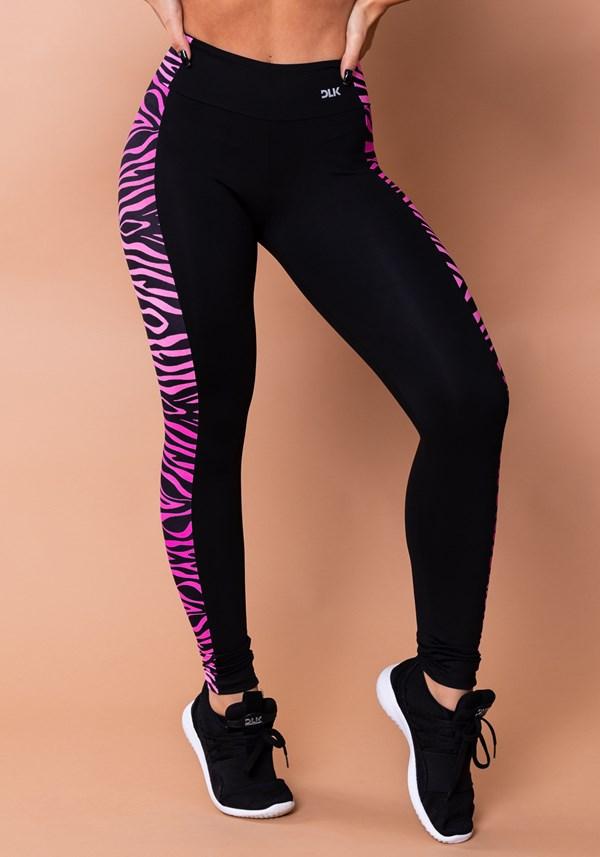 Calça legging wild preta com detalhe lateral de zebra rosa