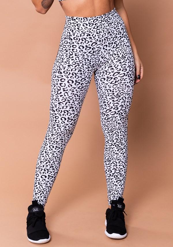 Calça legging wild preta com estampa de onça