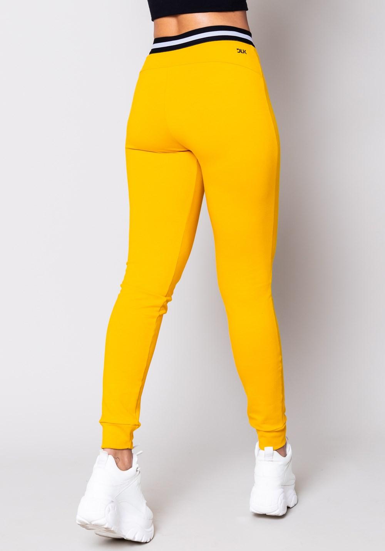 Calça moletom amarela com elástico
