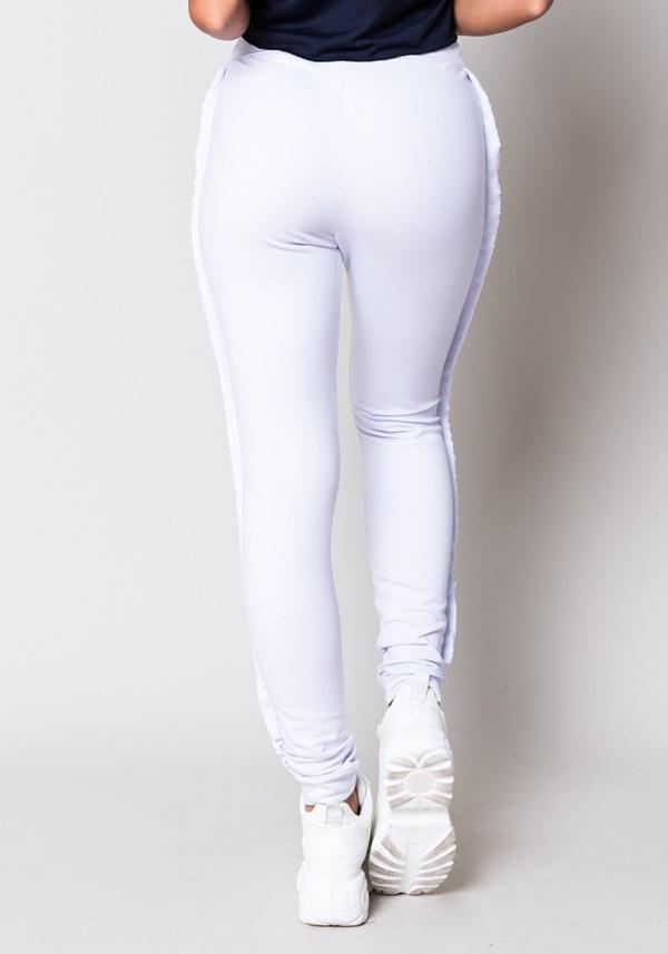 Calça moletom branca com detalhe lateral