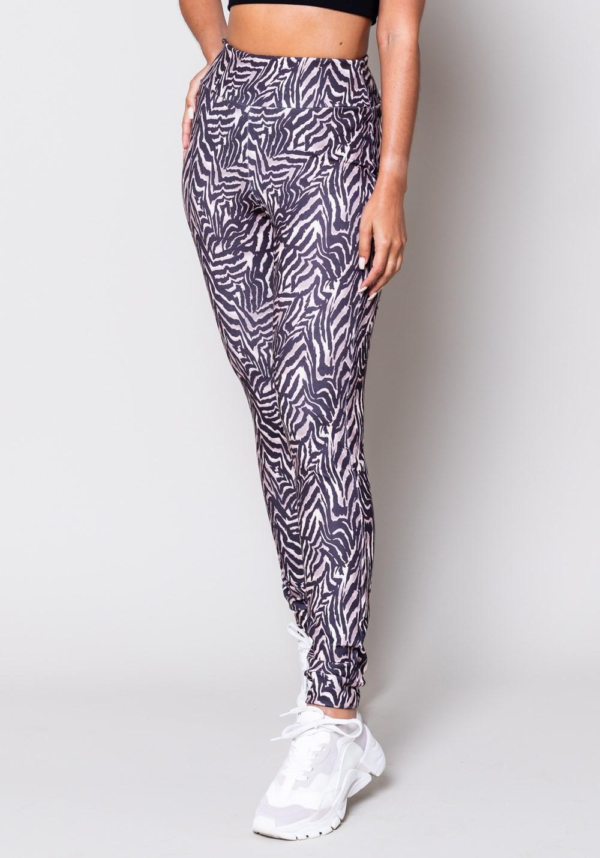 Calça moletom estampado zebra