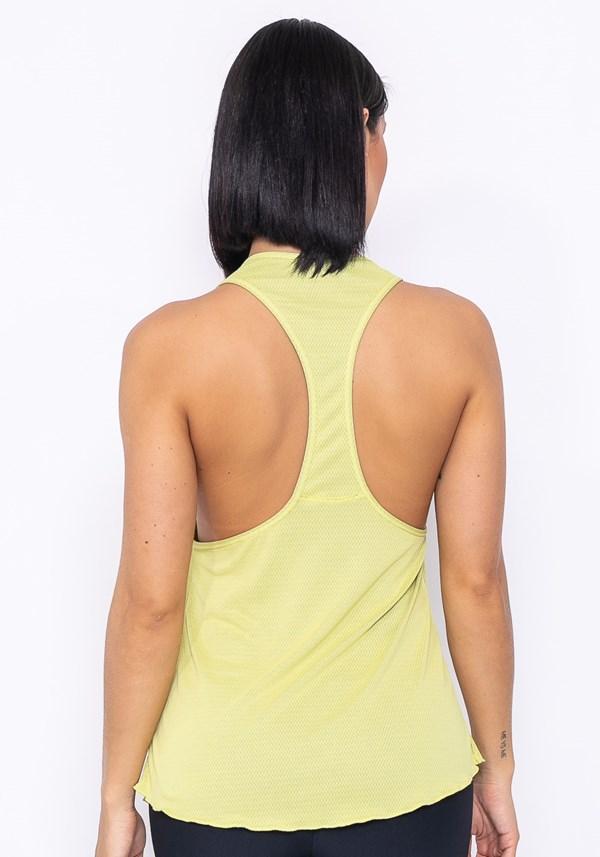 Camiseta modelo cavada technology dupla face amarela