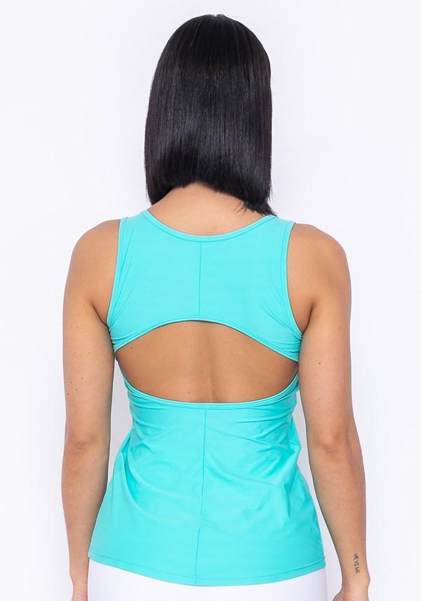 Camiseta technology recorte nas costas verde
