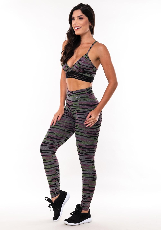 Conjunto fitness match mescla estampada riscos (top+calça)